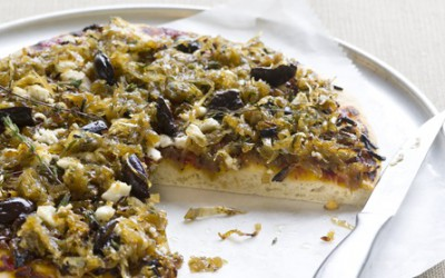 Caramelised onion, thyme & feta pizza