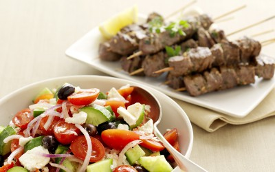 Greek salad with lemon & oregano lamb